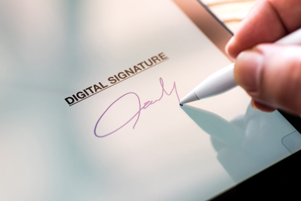 Pros & Cons of Digital Contracts